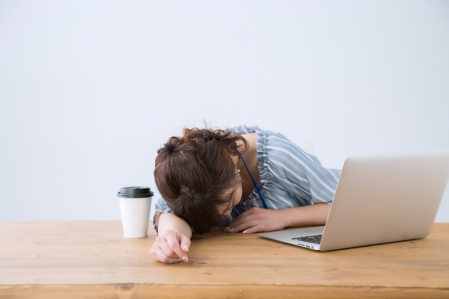 疲れがとれない原因は脳が疲れ気味の可能性がある