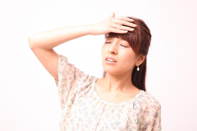 自律神経の乱れは頭痛や不眠、憂鬱さなど症状がさまざま